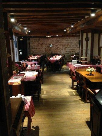 Auberge Saint-Pierre: Un lugar para desayunar