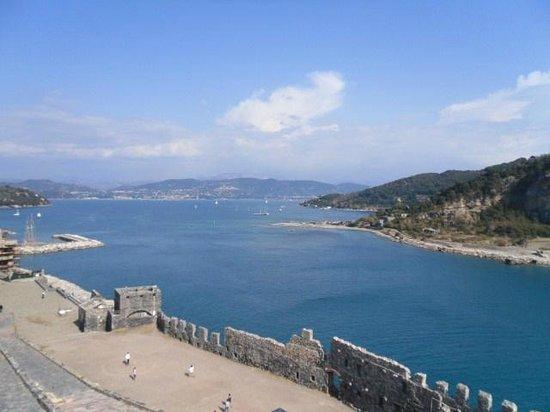 Portovenere: ..dal Santuario dei Sub..panorama