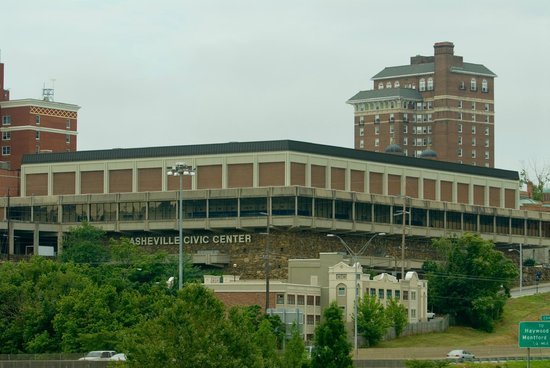 ‪Asheville Civic Center‬