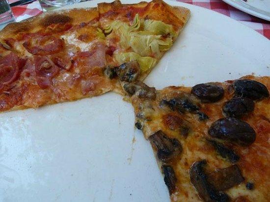 Ristorante Pizzeria Paradiso Da Toni: Mostly eaten pizza