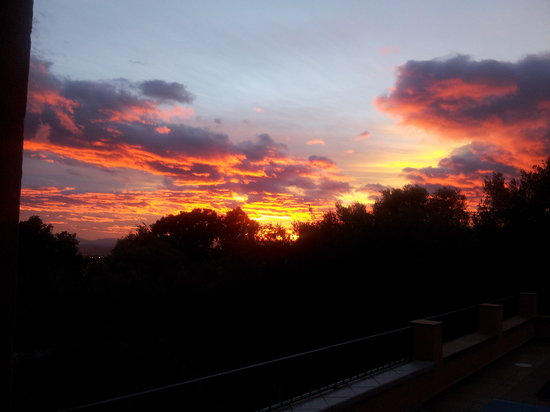 La Maison des Rossignols : sunset