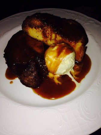 Le Schmuck : Brioche French Toast with caramel sauce and vanilla ice cream