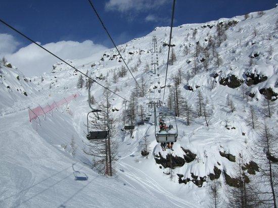 Romantik Hotel Jolanda Sport: View from Chairlift