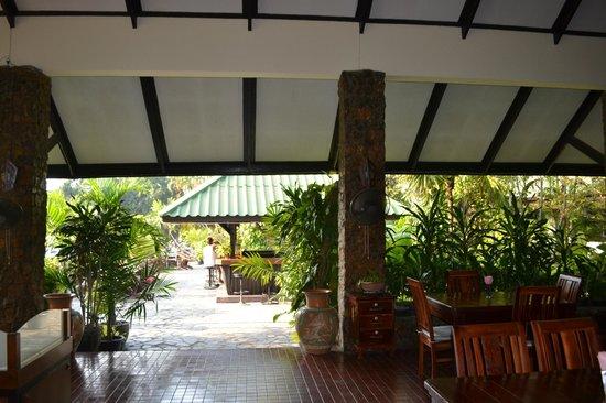 Garden Lodge: Ресторан