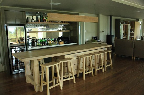 Angala Boutique Hotel and Guest House: Bar Area