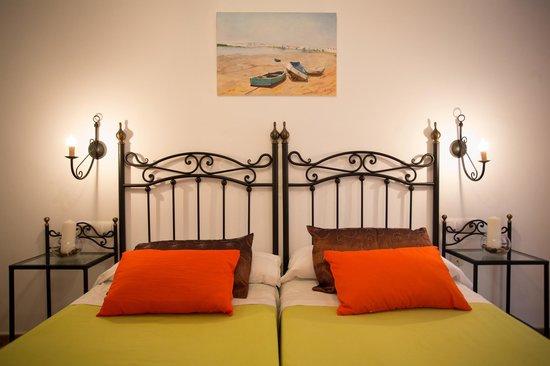 Hotel Nuro: Habitación doble, dos camas