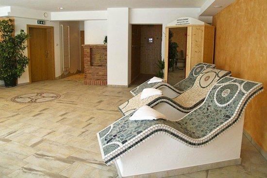 Weningeralm Hotel Pension: Wärmeliegen