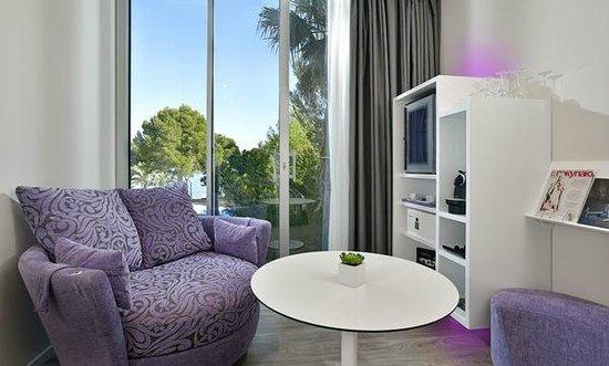 ME Mallorca: Mode Room