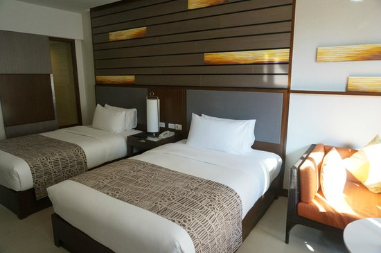 Holiday Inn Resort Phuket: Rm395
