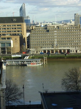 Doubletree by Hilton London - Westminster : view from our room