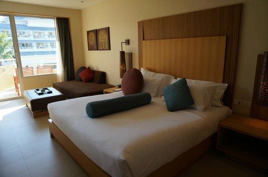 Holiday Inn Resort Phuket: Rm430 king bed