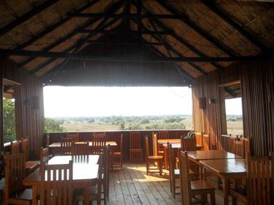 Kosi Bay Cabins: Bar & Restaurant area