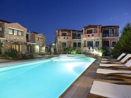 Photo of Aeolis Apartments & Studios Gera