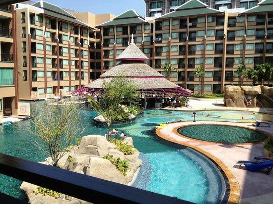 Novotel Phuket Vintage Park : piscine