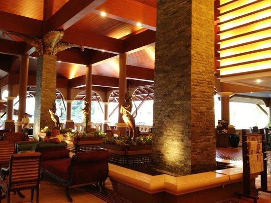 Novotel Phuket Vintage Park : Hall de réception