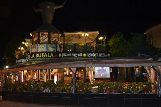 Fratelli la Bufala - Rimini Mare: Exterior 2
