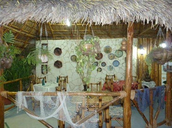 Casa Hostal Idael & Dania: Pergola zum Essen
