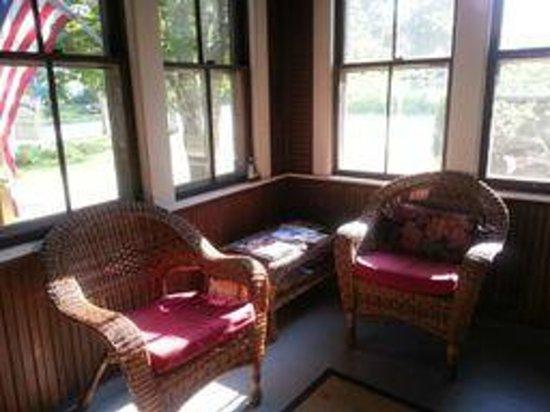Brooklin Inn: front porch