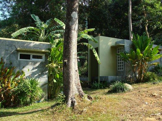 Lazy Republique Villa: les bungalows en béton ciré