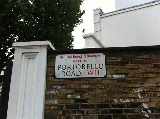 Notting Hill Gate Hotel: Portobello Road