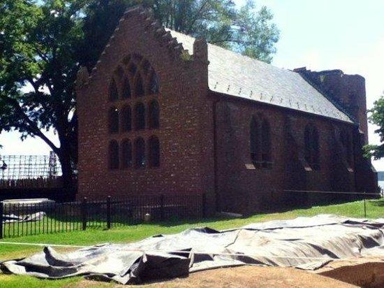 Historic Jamestowne: Memorial Church