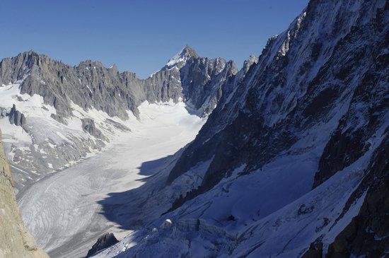 Les Grands Montets: walking on the glacier
