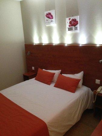 Hotel Montigny: literie