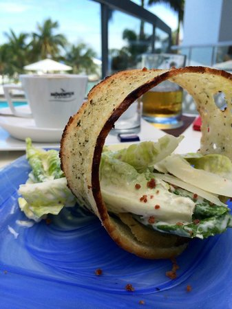 Moevenpick Hotel Mactan Island Cebu: Lunch at The Forum