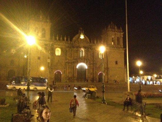 Hostal Wara Wara: Plaza de Armes