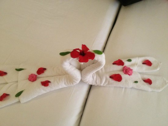 SENTIDO Djerba Beach : towel art