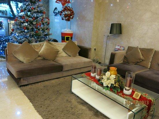 Sanouva Saigon Hotel : Reception area