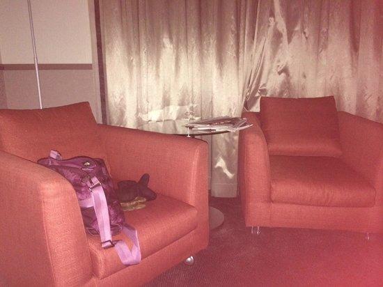 Mamaison Hotel Andrassy Budapest: Sitting/reading area