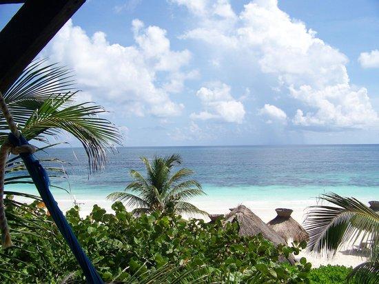 Zulum Beach Club + Cabanas: vista desde la habitacion