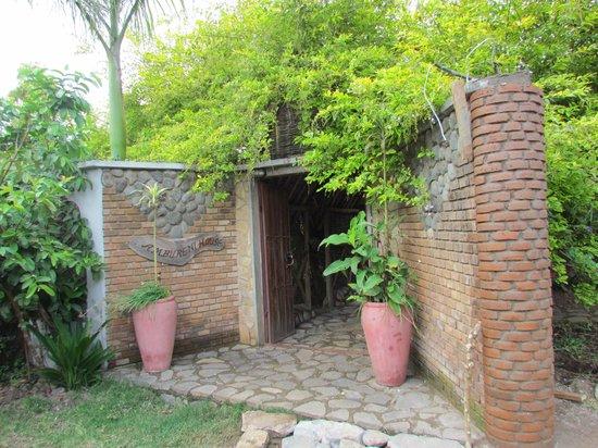 Entrée d'Ambureni Coffee Lodge