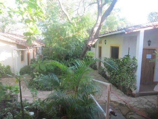 Hotel Casa Barcelona: courtyard
