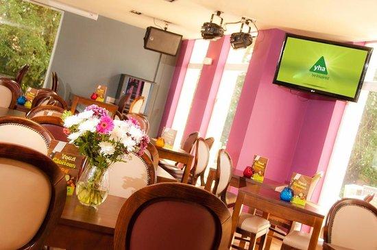 Hemmingford's Restaurant and Bar