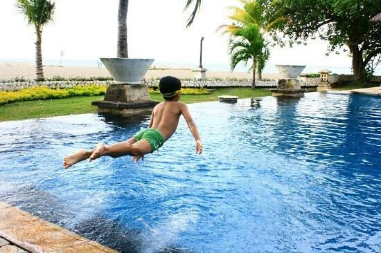 The Patra Bali Resort & Villas : Kolam renang patra sebelah kanan paling belakang
