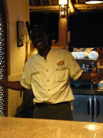 Neptune Pwani Beach Resort & Spa: Notre ami Amour...pas de problèmes....