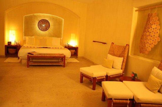 Cala de Mar Resort & Spa Ixtapa: Room