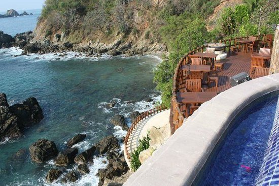 Cala de Mar Resort & Spa Ixtapa : View from Main Pool