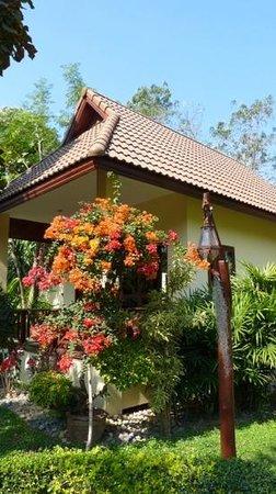 Oriental Kwai Resort: villa
