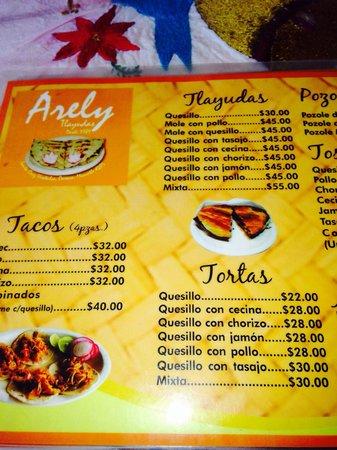 tlayudas arely huatulco: Part of the menu