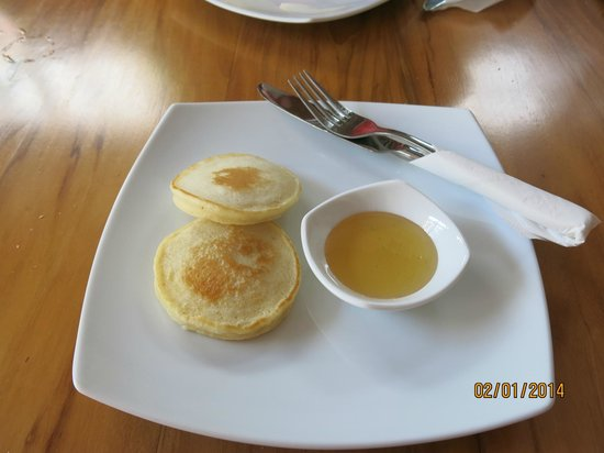 Skyline Boutique Hotel: Breakfast - pancake dish