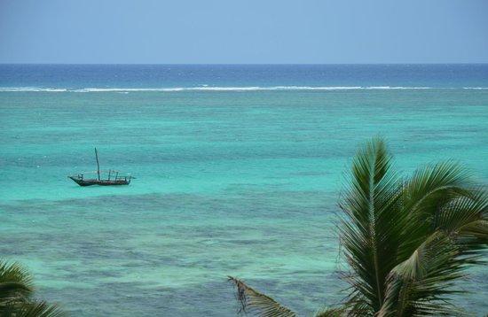 Kichanga Lodge: I colori del mare