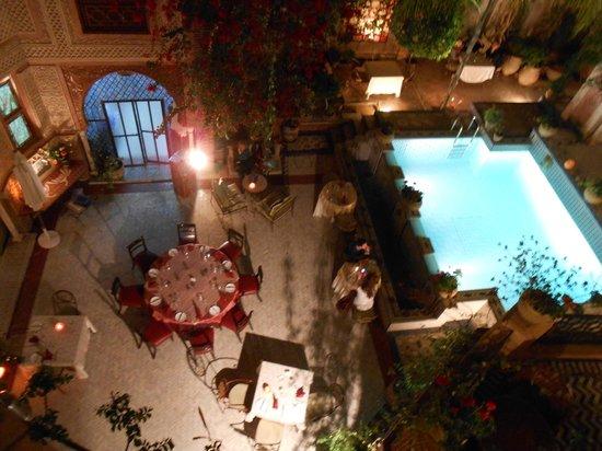 Riad & Spa Esprit du Maroc : pool and breakfast area