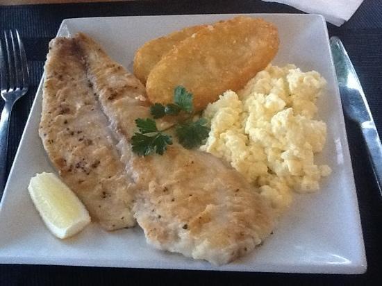 Best Western Hospitality Inn Esperance : dynamic breakfast, most outstanding delicious fish fillet