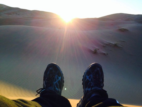 Morocco Key Travel: Sunset during the Camel Ride