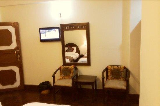 Hotel Encounter Nepal: Room2