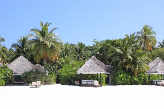 KIHAA Maldives Island Resort & Spa: Private hut shelter as part of the Sunset Prestige Pavilion Beach Villa