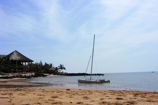 Hotel Club Royal Saly: spiaggia laterale